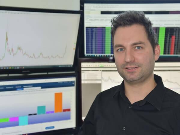 Tobias Schmid von Traden und Investieren